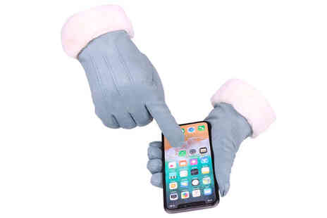 Flashing Pineapple - Womens velvet touch screen gloves - Save 0%