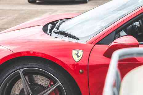 Everyman Racing - Sports car driving experience in one car - Save 0%