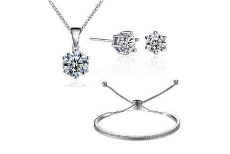 Your Ideal Gift - Triendship solitaire jewellery set made with crystals - Save 0%