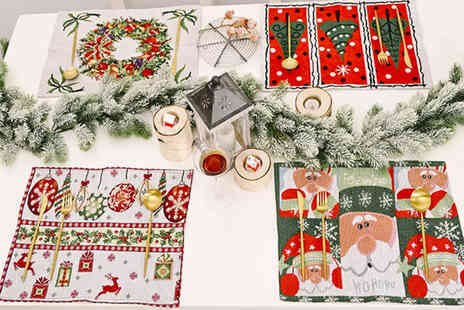 I Nod - Set of four sturdy fabric Christmas placemats - Save 0%