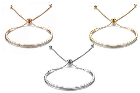 Your Ideal Gift - Adjustable friendship bracelet made with crystals from Swarovski - Save 86%