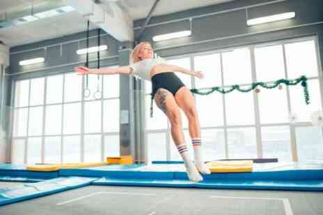 Ryze Dundee - Two Hour Jump Session with Grip Socks - Save 47%