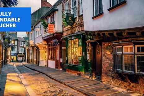 Georgian House & Mews - York getaway with cream tea & bottle of bubbly - Save 55%