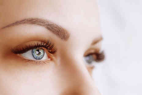 Fire Hut - Half set of classic mink lash extensions - Save 52%