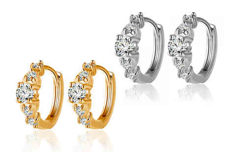 Your Ideal Gift - Pair of gemstone solitaire cuff earrings - Save 80%