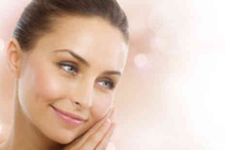 Beauty 2 - 3 sessions of diamond microdermabrasion - Save 68%