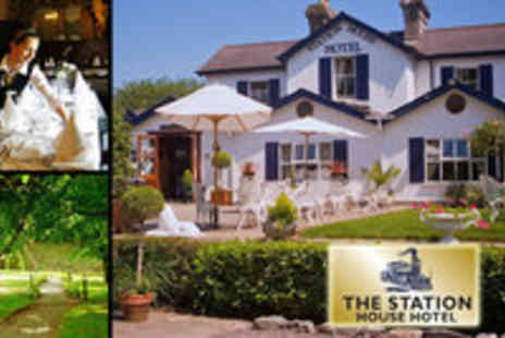 Station house Hotel - Overnight stay for 2 with a Late Checkout plus a Bottle of Prosecco - Save 50%