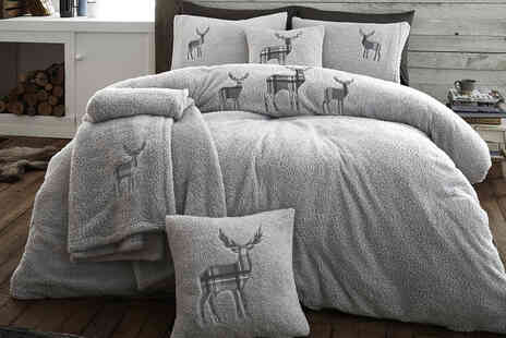 Fusion Online - Two cushion covers teddy fleece duvet cover set - Save 63%