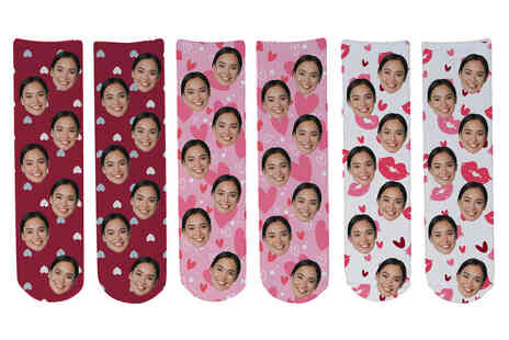 Deco Matters - One pair of personalised face socks - Save 56%