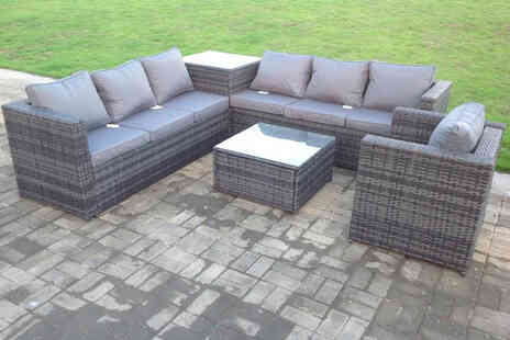 Fimous - Seven seater grey rattan garden furniture set including a sofa set, armchair and two coffee tables - Save 57%
