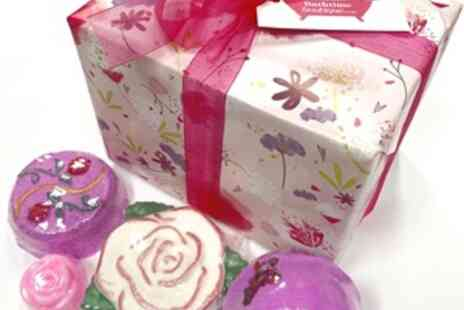 Bathtime Boutique - 70% Off Bath Time Rose Gift Set - Save 0%