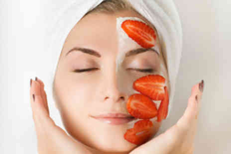 Purelife Solutions - Strawberry Treatment Package with Massage plus Masque - Save 52%