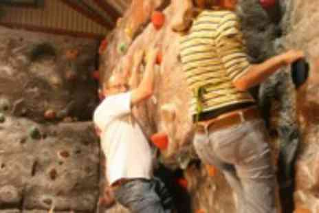 Evolution Indoor Climbing - Hour long one on one indoor climbing class - Save 40%