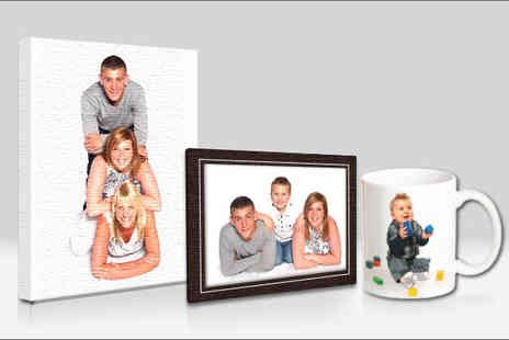 Hinton & Sinclair Photography - One hour studio photography session and also receive an A3 canvas print - Save 71%