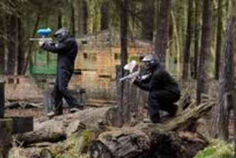Unreal Paintball - The ultimate paintball experience for ten people plus lunch and 100 paintballs each - Save 94%