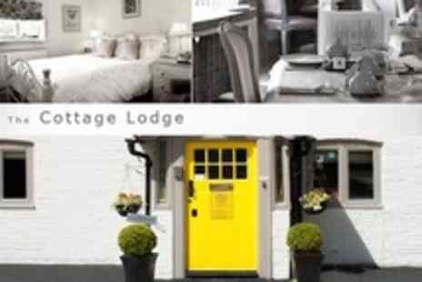 Cottage Lodge - One Night Stay For Two With Bucks Fizz Breakfast in Bed and Cream Tea - Save 59%