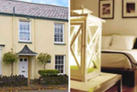 Red Letter Days - Georgian townhouse getaway for two in Devon including breakfast - Save 45%