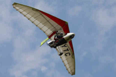 Microlight Flight Lessons - One hour microlight flying lesson - Save 45%