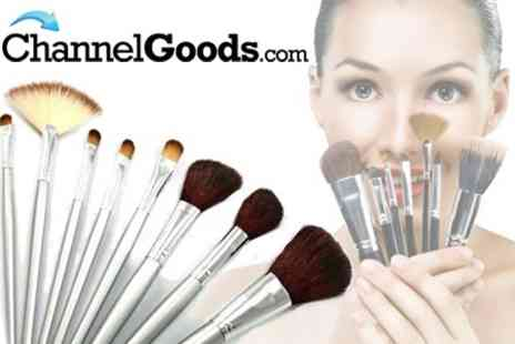 ChannelGoods.com - 24 Piece Make Up Brush Set in Silver or Gold - Save 65%