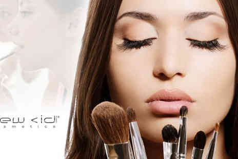 New CID Cosmetics - Release your inner make-up artist with the New CID Cosmetics Make-up Master Class. For only £19 for up to 4 people - Save 24%