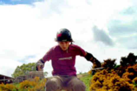 Hales Superbole - One Hour Mountainboarding Lesson - Save 52%