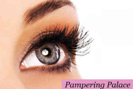 Pampering Palace - Full Set of Celebrity Style Eyelash Extensions - Save 60%
