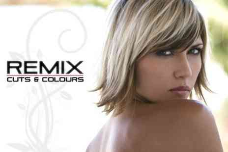 Remix Salon - Highlights T Section With MOROCCAN OIL Treatment Plus Cut and Blow Dry - Save 65%