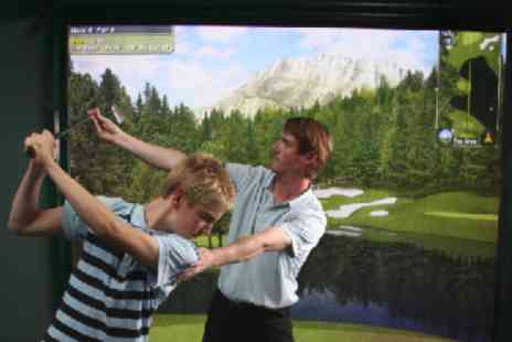 Cannon Golf - Three private golf lessons on golf simulator - Save 40%