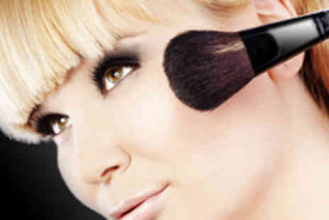 Academy Standart - Three day professional make up course - Save 60%