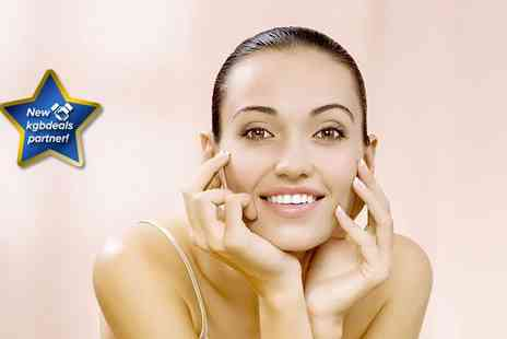 Face Clinic UK - Crystal Clear microdermabrasion facial and Crystal Clear face mask - Save 75%