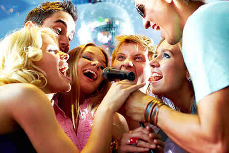 Walkabout Nottingham - Private karaoke booth for up to 15 people plus shots - Save 77%