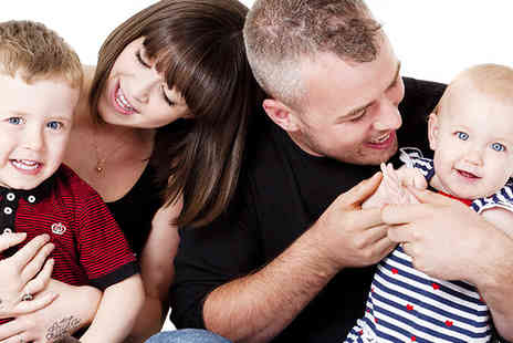 Daniel Moore Photography - One hour family photoshoot including 10 x 8 print - Save 92%