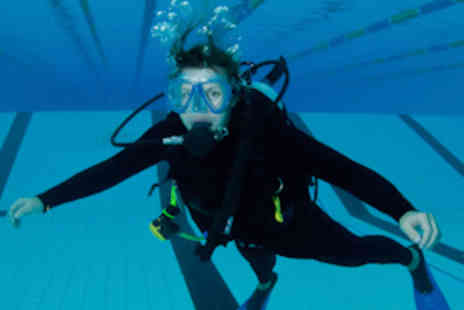 London Scuba - Two Hour Discover Scuba Diving Course for One - Save 60%