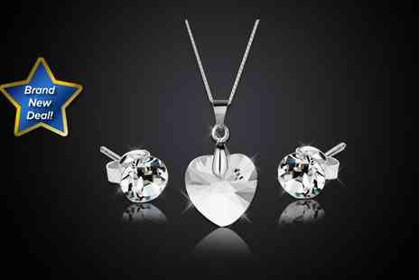 Diamond Style - Swarovski Elements heart pendant and studs - Save 88%