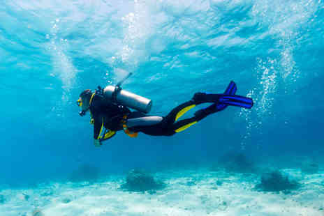 Clubsub - PADI Scuba Diving Open Water Referral Course - Save 60%