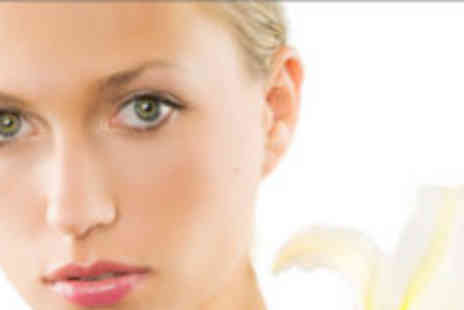 Nail & Beauty Place - Facial and pedicure - Save 72%
