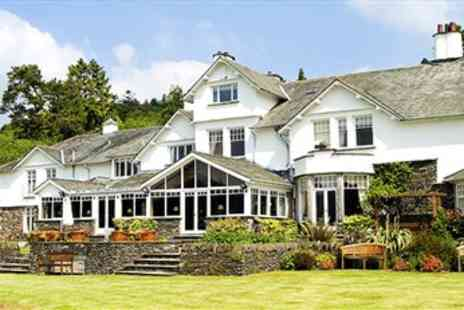 Fayrer Garden House Hotel - Afternoon Tea & Bubbly for 2 with Lake Views - Save 41%
