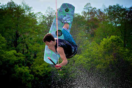 Quayside Wakeboard and Waterski - One Wakeboarding or Waterskiing Session - Save 69%
