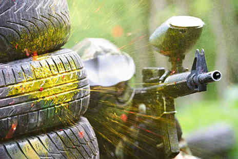Unreal Paintball - Full Day of Paintballing with Equipment Hire 200 Paintballs and Lunch for One - Save 79%