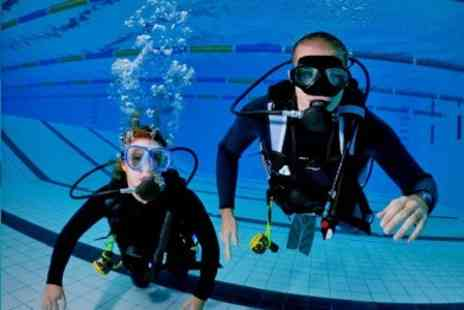 London Scuba - Diving Introduction For One - Save 60%