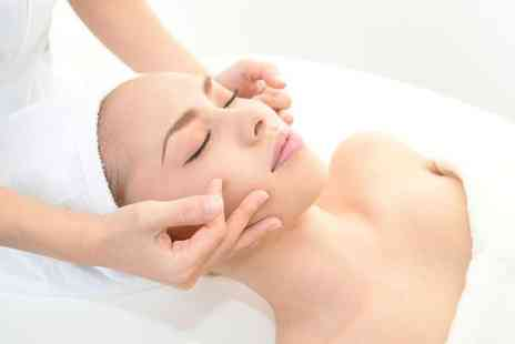 UniKiss - 1 Microdermabrasion Facial - Save 13%