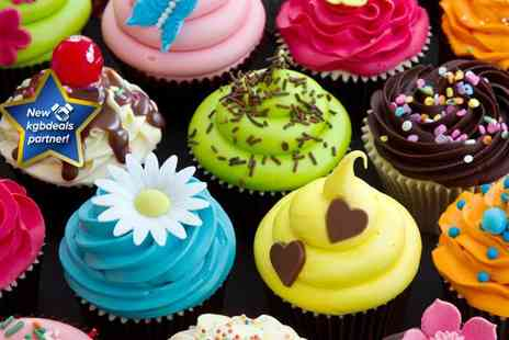 Vanilla Nova - 100 mouthwatering freshly baked personalised cupcakes - Save 29%