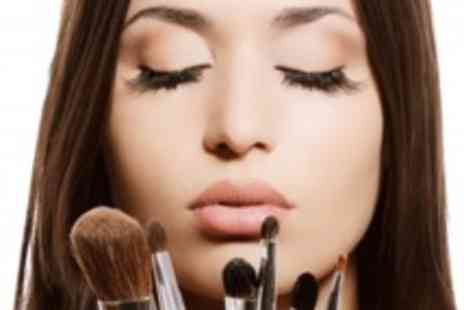 Trendimi - Online Makeup Artistry Course - Save 94%