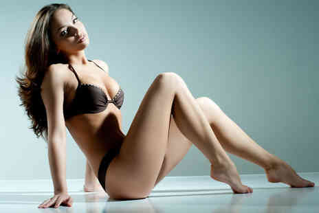 Sunset Boulevard - Wax package including a Brazilian half leg and more - Save 69%