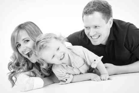 Dan Dalton Photography - Choice of Makeover, Family, or Pet Photoshoot With Four Prints - Save 40%