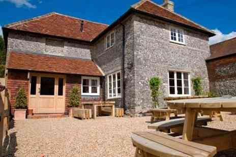 The Woolpack Inn - Two night Hampshire stay for two people - Save 61%