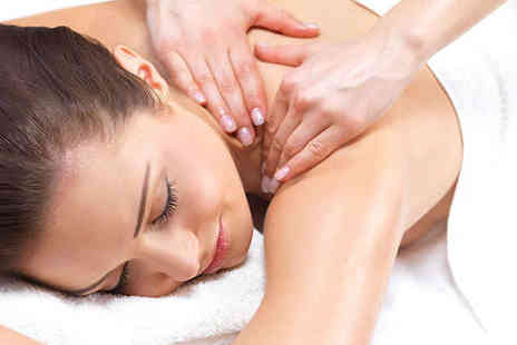La Chic - Hour Long Full Body Massage - Save 64%