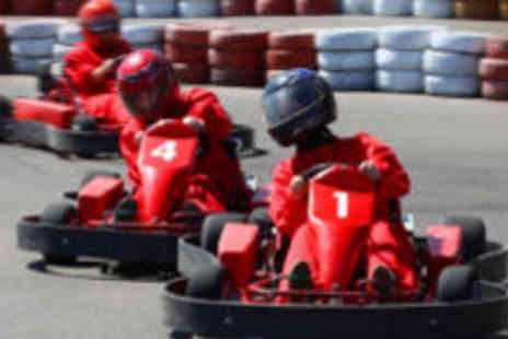 M4 Karting - 20 laps of the new enlarged track - Save 57%