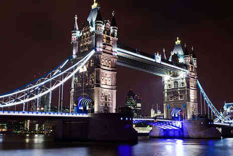 Night Sightseeing Tour - Ticket for London By Night Sightseeing Tour for One Child - Save 53%
