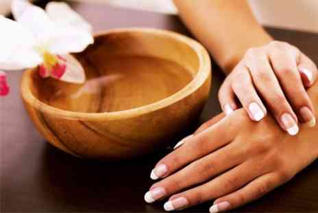 MENAG'E - Two Week Polish With Mini Mani and Brow Wax and Tint - Save 50%